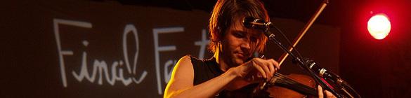Owen Pallett live - photo Andrew Carver
